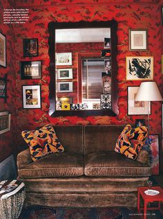 31 Comfortable And Modern Mid Century Living Room Design Ideas - Unfines Mid Century Living Room, Living Room Red, Living Room Decor, Living Spaces, Farmhouse Side Table, Deco Boheme, Red Rooms, Red Walls, Tiny Spaces