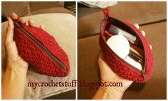 Crochet Oval Makeup Purse