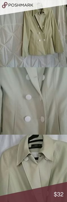 VIEW SUMMER /SPRING BLAZER This has only worn once.  It' a beautiful  apple green.  It has a total of 8 large white buttons, two hidden front pockets with beautiful stitching making it fit properly.  The back even has two cut-outs at the bottom of  blazer so you can sit down more comfortably.  Definitely lightweight and ready for an outfit. P.S.  The candy apple purse matches this perfectly! View Suits Jackets & Coats Blazers