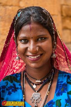 India del Nord, l'anno prossimo magari Tribal India, Beautiful One, Beautiful Females, Beauty Full Girl, Black Beauty, Indian Aesthetic, Indian Face, Middle Aged Women, Unique Faces