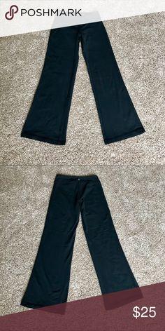 """fcba964e1e3aa Athleta Bootcut Black Yoga Pants Petite Athleta Black yoga pants. Boot cut.  Size XS petite. 28.5"""" inseam, 7"""" rise (mid rise)."""