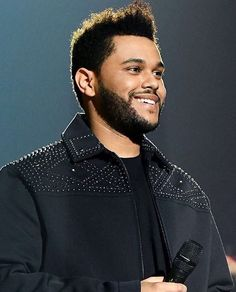 ✨ the weeknd smiling 🔱 Abel The Weeknd, Abel Makkonen, Beauty Behind The Madness, Wicked Game, Film Disney, Bella Hadid Style, Hip Hop And R&b, Celebs, Celebrities