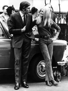 Brigitte Bardot & Husband Gunther Sachs Chatting During a Break in Filming Two Weeks in September Photographic Print Bridgitte Bardot, Jeanne Moreau, Old Movie Stars, Ann Margret, French Actress, Couple, 1960s Fashion, Vintage Fashion, Sophia Loren