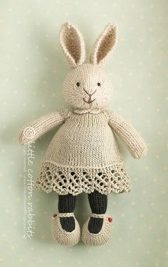 I'm starting to realize that I really like knit and stuffed bunnies (and fish).
