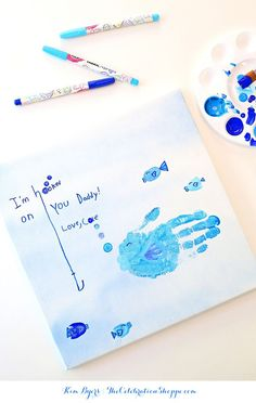 Help the kids make dad this darling Father's Day handprint fish art. For more handprint art and kid craft ideas visit Kim Byers at The Celebration Shoppe. Kids Fathers Day Crafts, Fathers Day Cards, Happy Fathers Day, Crafts For Kids, Toddler Crafts, Kids Diy, Fish Handprint, Spray Paint Canvas, Fathersday Crafts
