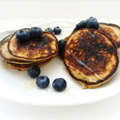 RECIPE: 4 Ingredient Banana Pancakes - Nutrition Works NY