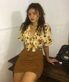 99 Elegant Fall Outfits Ideas For Holiday In 2019 Outfits 2019 Outfits casual Outfits for moms Outfits for school Outfits women Mode Outfits, Trendy Outfits, Fall Outfits, Summer Outfits, Fashion Outfits, Casual Party Outfits, Holiday Outfits, 90s Party Outfit, 90s Outfit