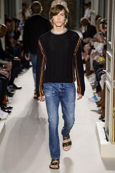 Valentino-Spring-Summer-2016-Menswear-Collection-Paris-Fashion-Week-037