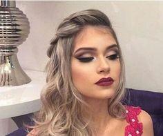 Pin by Elsa Gutièrrez on Peinados & Make Up in 2019 Holiday Hairstyles, Fancy Hairstyles, Braided Hairstyles, Wedding Hairstyles, Curly Wedding Hair, Long Curly Hair, Curly Hair Styles, Bridal Hair And Makeup, Hair Makeup