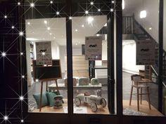 Prochainement le 15 novembre sur Valence Valence, Design, Boutique Online Shopping, November