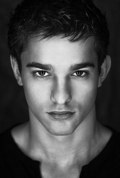 Beautiful portrait photography black and white of a young adorable man/// Photos Portrait Homme, Pose Portrait, Portrait Photography Men, Photography Poses For Men, White Photography, Model Headshots, Headshot Poses, Men Photoshoot, Professional Portrait