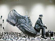 #escaparates con objetos grandes