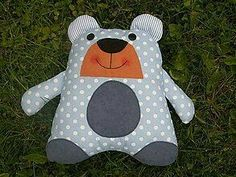 Boo And Buddy, Sewing Stuffed Animals, Barn Quilt Patterns, Reading Pillow, Operation Christmas Child, Baby Clothes Patterns, Fabric Toys, Sewing Dolls, Toy Craft