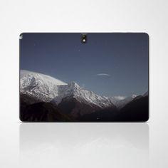 """Zum Träumen... Das Design """"Mountain Sky"""" für dein Tablet #tabletfolie #designfolie mountain #sky #dream"""