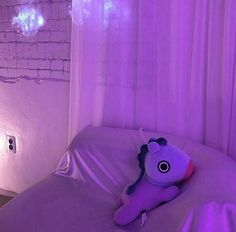 Uploaded by Find images and videos about bts, aesthetic and jungkook on We Heart It - the app to get lost in what you love. Violet Aesthetic, Lavender Aesthetic, Aesthetic Colors, Aesthetic Pictures, Aesthetic Photo, Devil Aesthetic, Aesthetic Bedroom, Kpop Aesthetic, Purple Wallpaper