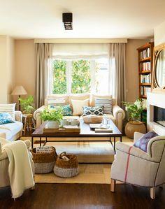 4 salones ideales: ideas de decoradora para tener un salón perfecto Home Living Room, Living Room Designs, Living Room Decor, Home Decor Furniture, Brown Furniture, Living Room Inspiration, Room Colors, Cozy House, Curtains Living