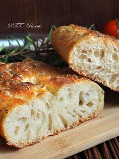 Panfocaccia with oregano with autolysis, long rising. Wine Recipes, Bread Recipes, Cooking Recipes, Pizza E Pasta, Focaccia Pizza, Most Delicious Recipe, Easy Bread, Sourdough Bread, Bread Baking