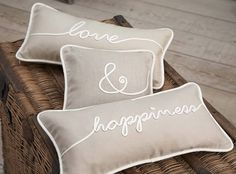 42 ideas for bedroom simple neutral pillows Neutral Pillows, Cute Cushions, Second Wedding Anniversary, Anniversary Gifts, Master Bedroom Makeover, Trendy Bedroom, Bedroom Simple, Pillow Talk, Soft Furnishings