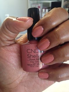 26 light pink gel nails with silver glitter 24 Pink Shellac Nails, Cnd Shellac Colors, Shellac Nail Designs, Gel Nail Colors, Acrylic Nails, Nail Polishes, Sparkly Nails, Bling Nails, Glitter Nails