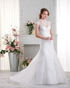 521 gown from the 2015 Bonny Bridal collection, as seen on Bride.Canada