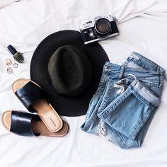 Fashion flatlay photography inspiration | Overhead bed photo