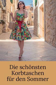 Jane Birkin, Vintage Inspired Fashion, Vintage Fashion, Fashion Advice, Fashion Brands, Glamorous Evening Gowns, Pretty Summer Dresses, Basket Bag, Trends