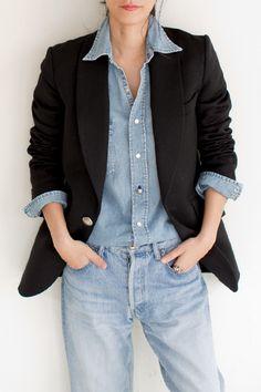 Tuxedo jacket with blue denim - totally cool! 【ELLE SHOP】【予約販売】タキシードジャケットブラック|マディソンブルー(MADISONBLUE)|エル・ショップ