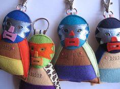 Felt Mexican Wrestler Key Chain or Bag Charm Crafts To Do, Felt Crafts, Mexican Christmas Decorations, Mexican Wrestler, Mexican Crafts, Felt Brooch, Diy Keychain, One Design, Fabric Scraps