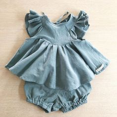 Baby Boys Girls Clothing Sets New Spring Summer Kids Suits Toddler Girls Boys Clothing Sets Japan Korea Kids Clothes Baby Girl Romper, Baby Girl Dresses, Dress Girl, Baby Girl Clothing, Vintage Baby Dresses, Tween Clothing, Infant Clothing, Baby Bloomers, Baby Clothes Patterns