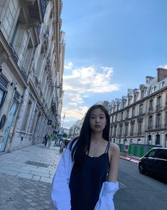 Image uploaded by xviidirr__. Find images and videos about kpop, rose and blackpink on We Heart It - the app to get lost in what you love. Blackpink Jennie, South Korean Girls, Korean Girl Groups, Black Pink, Blackpink Photos, Blackpink Fashion, How To Pose, Mamamoo, K Pop