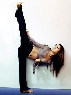 Amazing kick. #highkick #karate #taekwondo