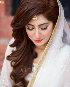 Pakistani Bridal Makeup, Bridal Mehndi Dresses, Indian Wedding Gowns, Pakistani Wedding Outfits, Stylish Dresses For Girls, Stylish Girl Images, Stylish Girl Pic, Nice Dresses, Fancy Dress Design