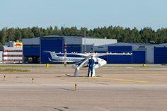 Tässä se nyt lentää! Katso Volocopter-lentotaksin ensimmäinen lento Helsinki-Vantaalla | Yle Uutiset | yle.fi