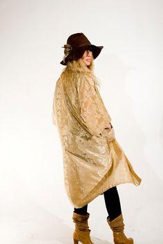 Gold kimono love.
