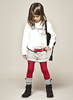 Discover the new IKKS Girls autumn-winter 2018 collection. IKKS has based its new collection on looks and graphics inspired by London. Little Girl Outfits, Little Girl Fashion, Cute Kids Fashion, Toddler Fashion, Trendy Kids, Stylish Kids, Trendy Outfits, Kids Outfits, Cute Outfits