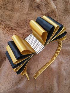 Go All The Way Around - maallure Diy Ribbon, Ribbon Hair, Ribbon Crafts, Flower Crafts, Ribbon Bows, Diy Hair Bows, Making Hair Bows, Girls Hair Accessories, Wedding Hair Accessories
