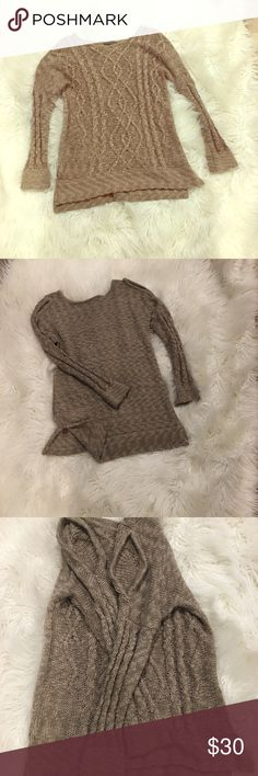 Chelsea & TheodoreCold Shoulder Sweater Chelsea & Theodore (Neiman Marcus) Cold Shoulder Sweater.  Worn once.  Excellent quality.  Excellent condition. Sweaters Crew & Scoop Necks