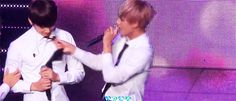 Everyone wants a little Vkook moment...even Taehyung