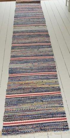 a-traditional-handwoven-swedish-rug-4