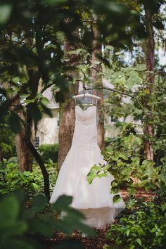 Ribault-Club-modern-geometry-floral-wedding-inspiration05