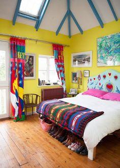 Casinha colorida: Home tour: vintage alegre e muito colorido