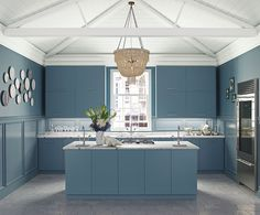 Look at the paint color combination I created with Benjamin Moore. Via Wall: Misty Blue lrv 66 walls Trim: Frostine Ceiling: Frostine Urban Kitchen, Kitchen And Bath Design, Kitchen Paint, Modern Kitchen Design, Kitchen White, Light Blue Paint Colors, Light Blue Paints, Stain Colors, Pink Color
