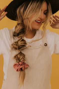 Top 60 All the Rage Looks with Long Box Braids - Hairstyles Trends Box Braids Hairstyles, Prom Hairstyles, Straight Hairstyles, Scrunchy Hairstyles, Hairdos, Simple Hairstyles, Everyday Hairstyles, Bandana Hairstyles, Baddie Hairstyles