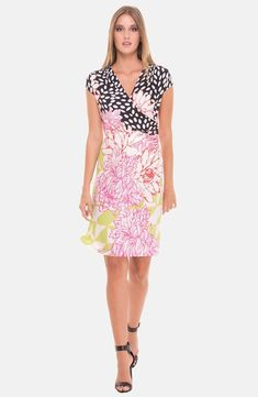 Flower Maternity Dress #RaincoatsForWomenAprilShowers