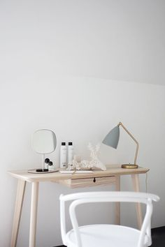 GUBI Bestlite Table Lamp | Domésticoshop.com