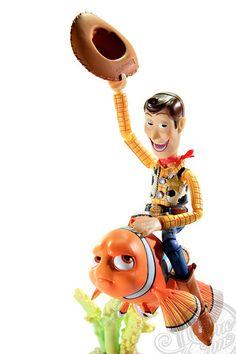 山口式特撮リボルテック No.010 トイ・ストーリー ウッディ - TheOneCam.com Playing with toys,