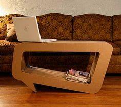 Speech Bubble cardboard coffee table by Leo Kempf.