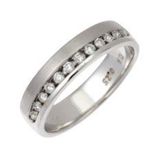 18ct White Gold 0.25ct  Diamond  4mm Eternity Ring