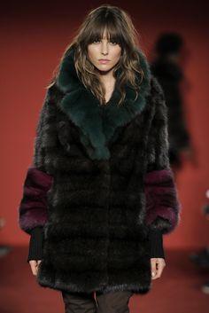 Fall/Winter 2017 #glamour #classy #braschifur #fur #fashion #outfit #luxury