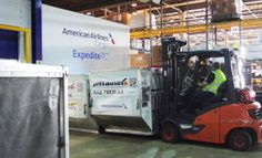 American Airlines opens Heathrow pharma facility - http://www.logistik-express.com/american-airlines-opens-heathrow-pharma-facility/